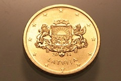 ラトビアのユーロ硬貨 : 在ラト...
